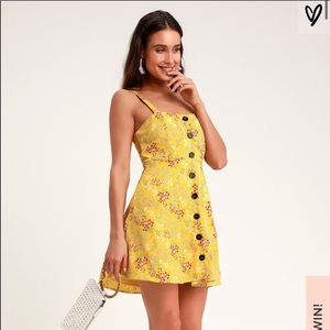 Lulus yellow floral mini dress with buttons sizeXS